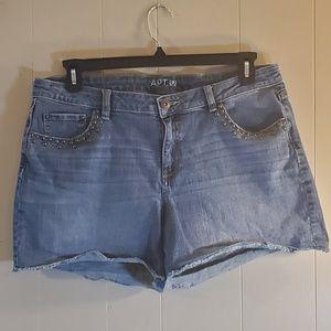 APT. 9 Denim Shorts